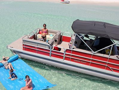 Boat rentals in Panama City Beach, Florida. We offer pontoon boat rentals for cruising to Shell Island in Panama City Beach. We are the closest boat rental location to Shell Island.