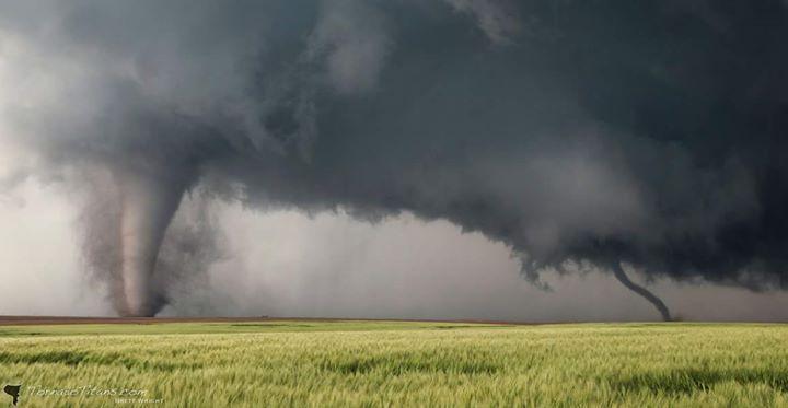 Unbelievable twin tornadoes today near Dodge City, KS.