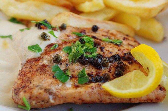 Vynikající hořčicová omáčka. K tomu chutný losos, který je připraven za pár minut a vynikající oběd je na světě. Dobrou chuť!