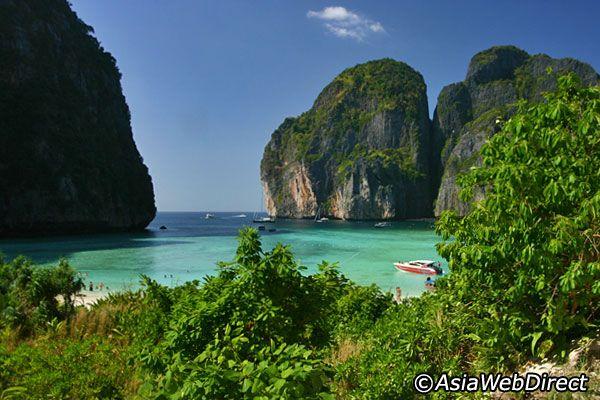 Top 10 Tours in Phuket #1 - Phi Phi Islands Tour by Speedboat