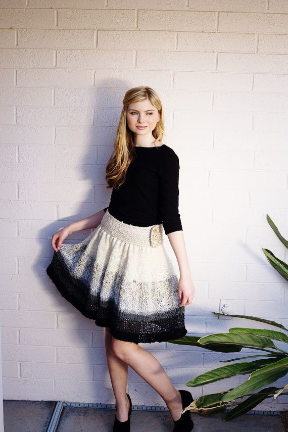 Adorable knit skirt pattern