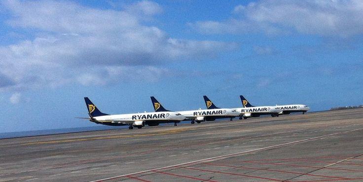 Reina Sofia Airport, Tenerife South