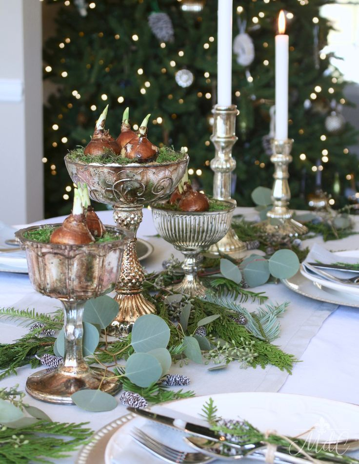 A Gorgeous Christmas Tablescape Featuring Paperwhites And Greenery Christmas Table Decorations Christmas Tablescapes Gorgeous Christmas