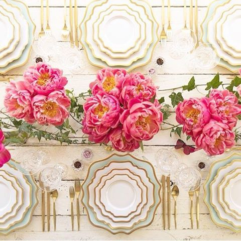 WEDDING TABLE DECORATION  STYLISH DISHES FOR YOUR EVENT  KULIKOVA EVENT AGENCY