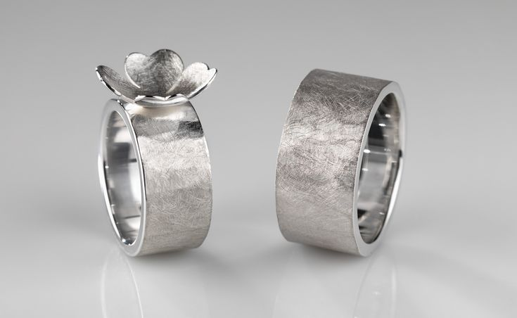 wedding rings in silver © www.mariebenedicte.com