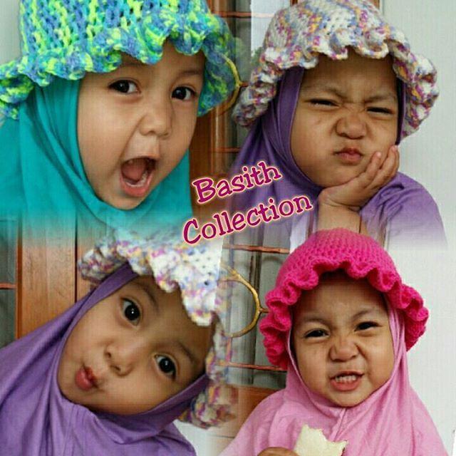 Jilbab Anak, dengan aksesoris rajut unik handmade berupa topi yang bisa dilepas. SYRIA HATTY. (Harga 0-5th 95rb, 6-10th 115rb) Order >> PIN 8846E4D SMS/WA: 0812 2022 6940 #jilbabsyari  #jilbabinstan #kerudunganaklucu