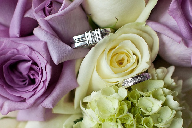 Bridal bouquet and rings, roses and hydrangea