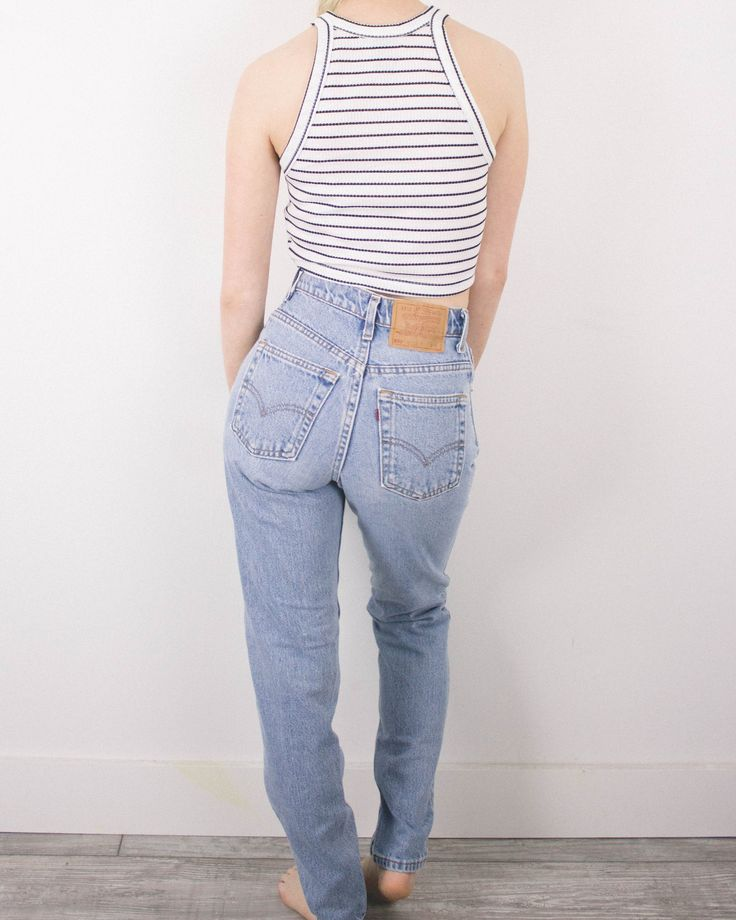 Vintage (XS) Levis 550 High Waisted Denim Jeans