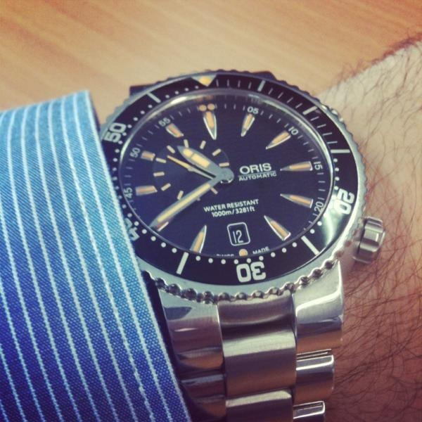 "@danfast - ""Oris Diver (small second date) 250 grammes of pure rugged coolness. Grrrr where's my Yorkie bar?"""