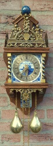 Old Dutch Zaandam Delfs Blue Clock of Holland  ****************************************** ===>   https://de.pinterest.com/arpadmiler/clocks-and-watches/