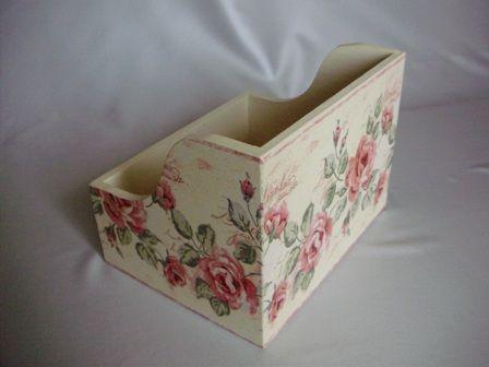 cudARTeńka: pojemnik na CD z pastelowymi różami