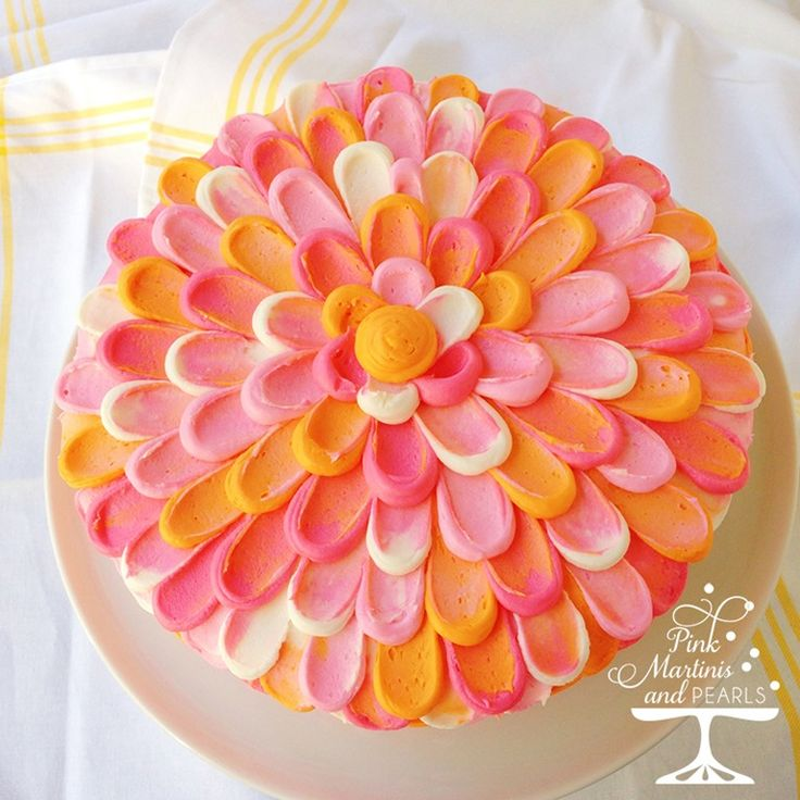 Cake Decorating Techniques Wilton : Best 25+ Petal cake ideas on Pinterest Colorful birthday cake, Easy cake decorating and A love ...