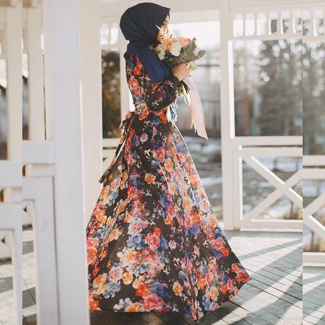 ️почувствовать себя принцессой оказывается так легко! спасибо вам! :) очень красивое платье @candy_by_demyanova самый лучший фотограф @zhenya___zhenya и визажист @poslavskaya_alexandra помимо того, что это отличные профессионалы, это еще и очень хорошие, приятные люди ☺️
