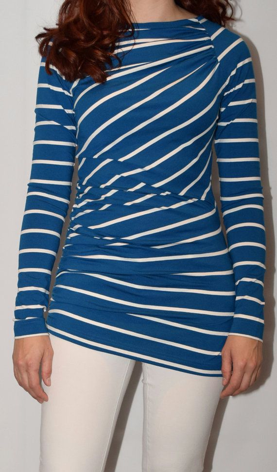 Retrouvez cet article dans ma boutique Etsy https://www.etsy.com/fr/listing/236455934/haut-nautique-raye-nautical-striped-top