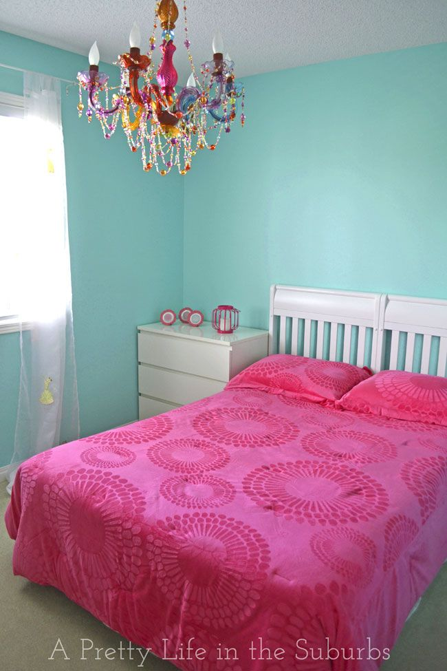 Turquoise & Hot Pink Room {A Pretty Life}