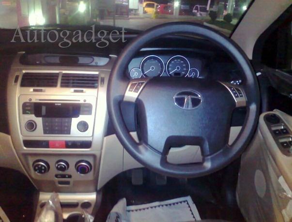 Tata Indica Vista 90 BHP Interior Pictures and More Details | Autogadget  http://autogadget46.blogspot.in/2012/12/tata-indica-vista-90-bhp-interior.html