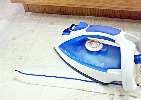 cleaning vinyl flooring 2  If this works seems like a steam mop would work too....