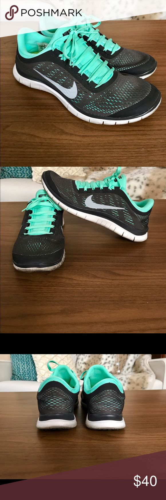 Women's Nike Free 3.0 Very cute, and super light and comfortable!! Lightly worn and in good condition. Nike Shoes Athletic Shoes