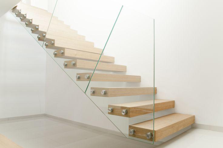 Modern and beautiful glass railing #glass #railing #glassrailing #modernrailing #glassinterior