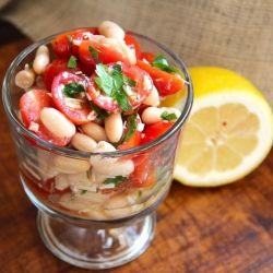 Grape Tomato & White Bean SaladFun Recipe, Weeknight Dinner, White Beans Salad, Tomatoes Salad, Grape Tomatoes, Tomato Salad, Bean Salads, Mr. Beans, Picnics Food