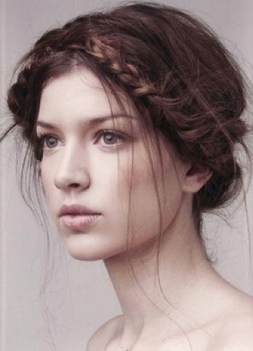 wispy braid updo SO PRETTY WITH BRAID/S AND FLOWERS