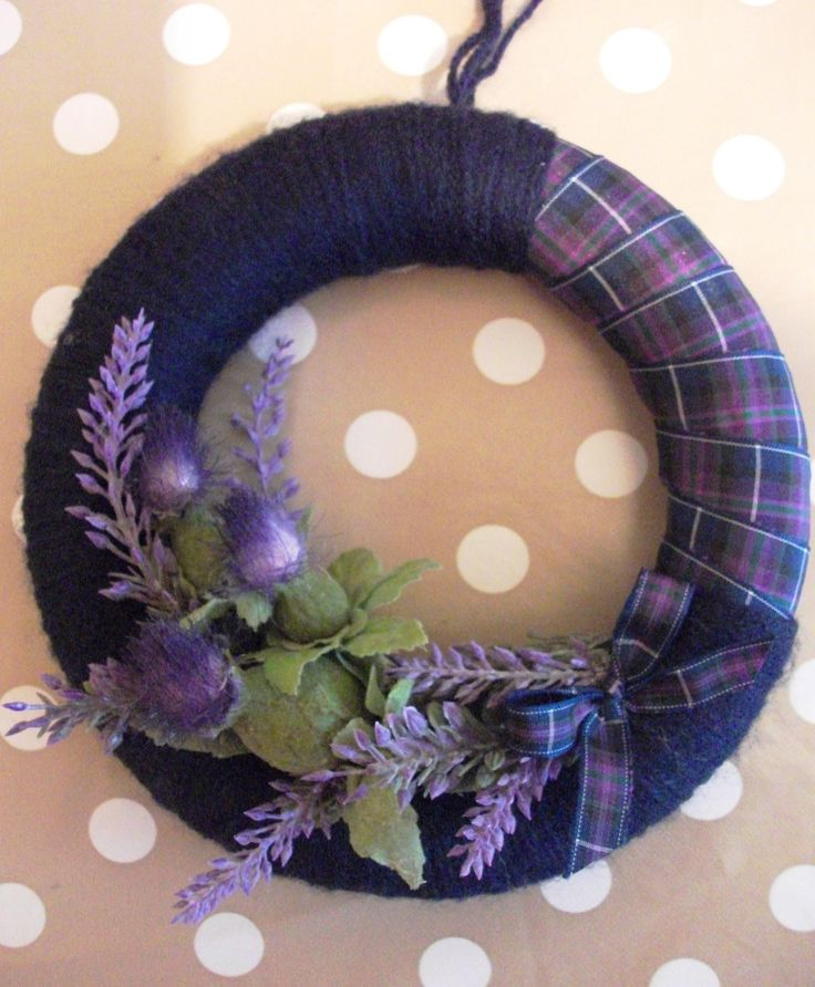 Tartan Wreath with Heather and Thistles