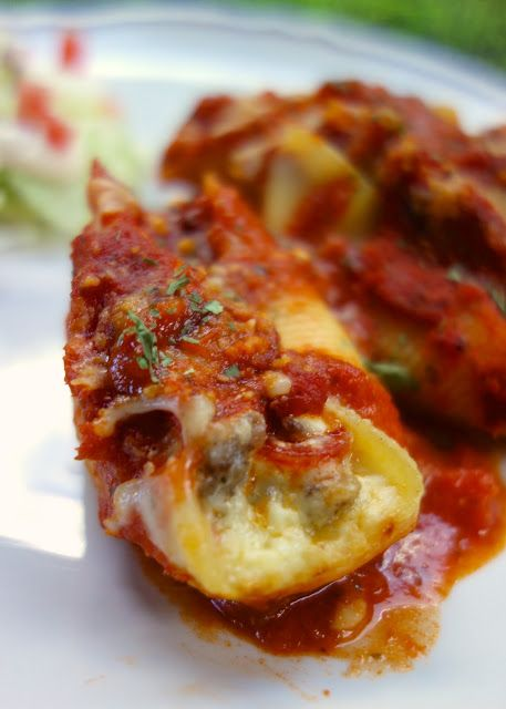 Pizza Stuffed Shells | Plain Chicken