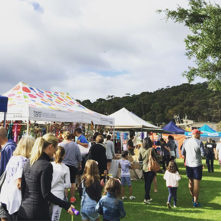 At the Lorne Easter Market