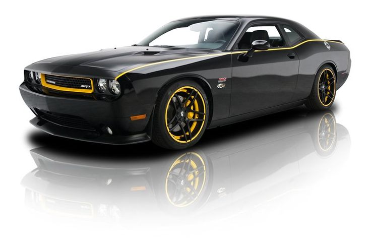 2011 Dodge Challenger SRT-8 for sale - Classic car ad from CollectionCar.com.