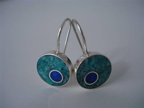 Brinco com Inlay de Pedras http://www.elo7.com.br/brinco-com-inlay-de-pedras/dp/CCB71