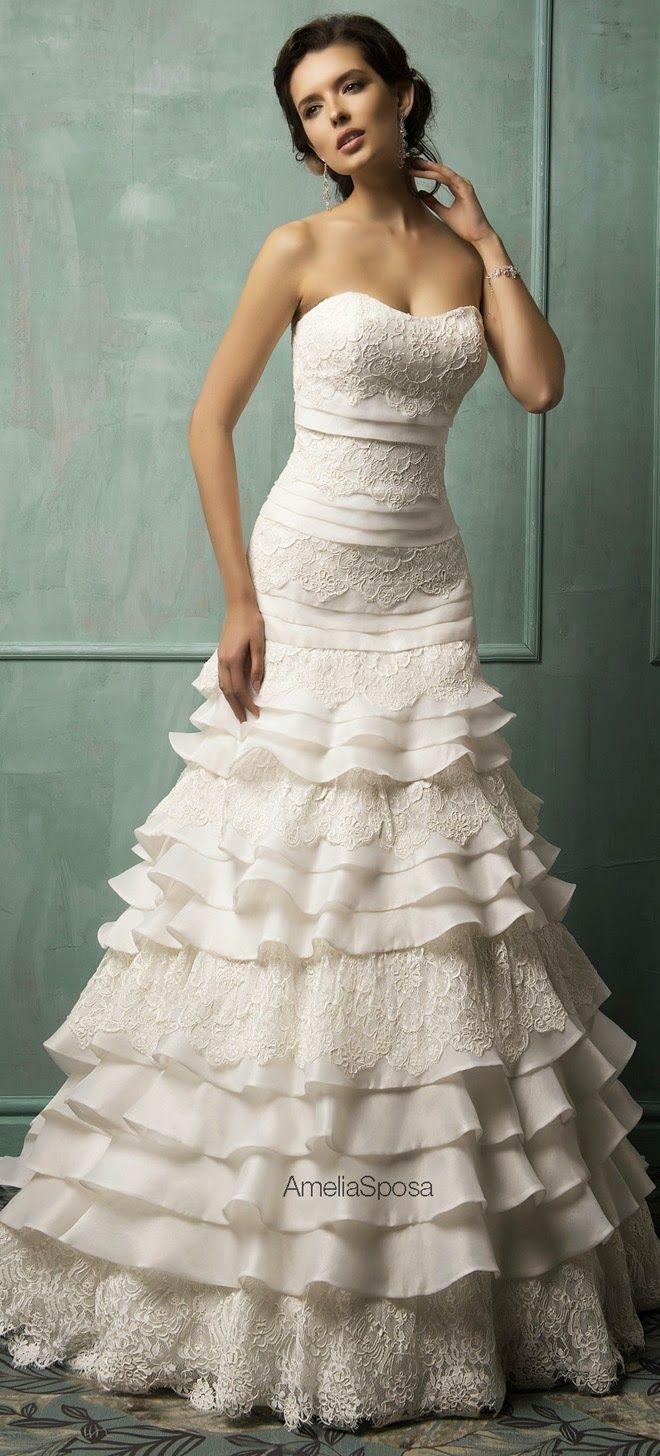 Este es un vestido de novia española. ¡Me encanta! Esto es Bonita.