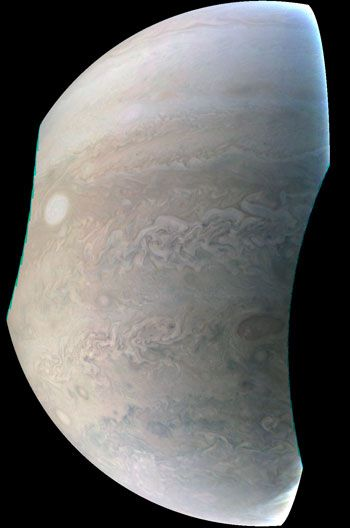 NASA's Juno Spacecraft Captures New Image of Jupiter  This newly released Juno image highlights the seventh of eight features forming a 'string of pearls' on Jupiter. This image, taken by the JunoCam imager on NASA's Juno spacecraft, highlights the seventh of eight features forming a 'string of pearls' on Jupiter — massive counterclockwise rotating storms that appear as white ovals in the gas […]  The post  NASA's Juno Spacecraft Captures New Image of Jupiter  appeared first on  Sci..