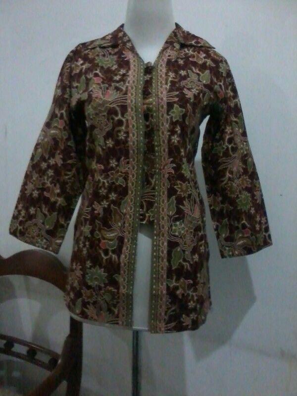 Batik blouse size fit to M, direct wa 08812775835