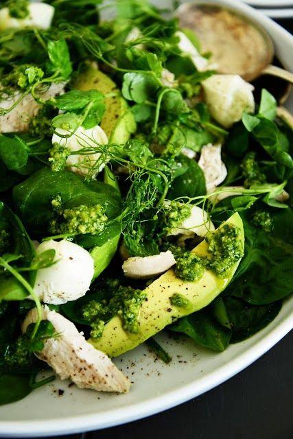 Spinach and Chicken Salad with Avocado, Fresh Mozzarella and Pesto