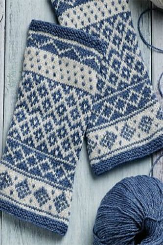 Ravelry: Vörå-Inspired Arm Warmers pattern by Carol Huebscher Rhoades