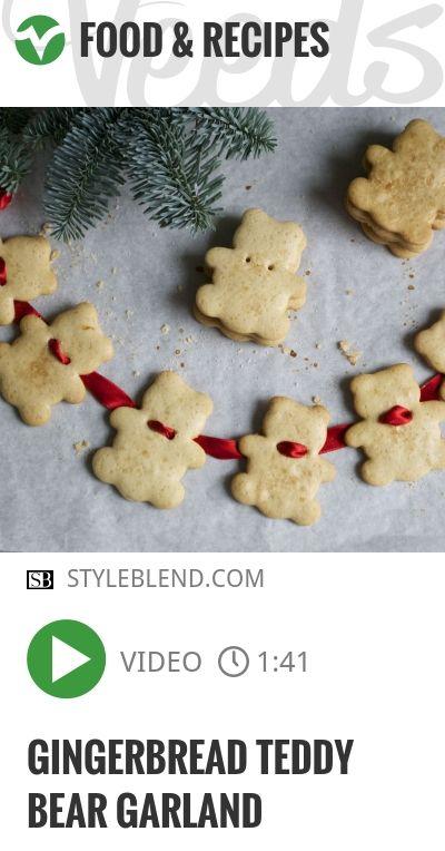 Gingerbread Teddy Bear Garland | #gingerbread | http://veeds.com/i/Xl1wy79bS64DAZHt/jummy/