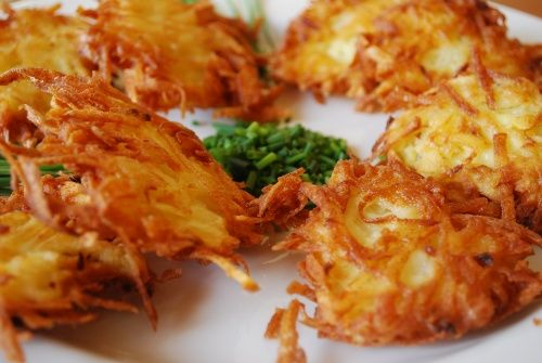 Chanukah Potato Latkes - can't wait for these at Thanksgiving dinner this year!