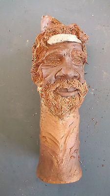 Austrlalia-Art-Collectable-Pottery-vase-of-an-Australian-Aboriginal-Head