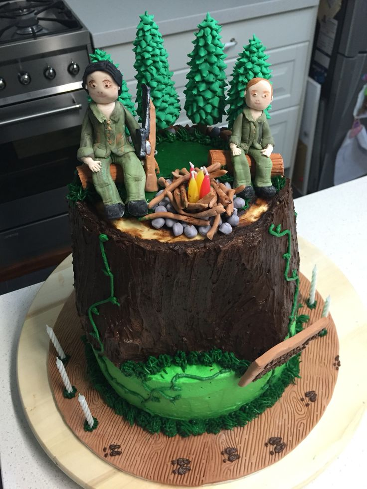 Hunting cake - handmade fondant decorations on a two tiered buttercream cake