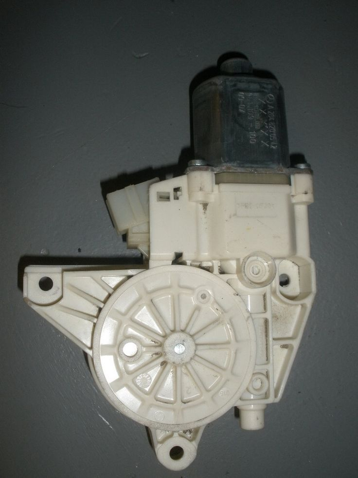 This windows regulator motor is for 2008 2012 mercedes for 2008 mercedes benz c300 parts