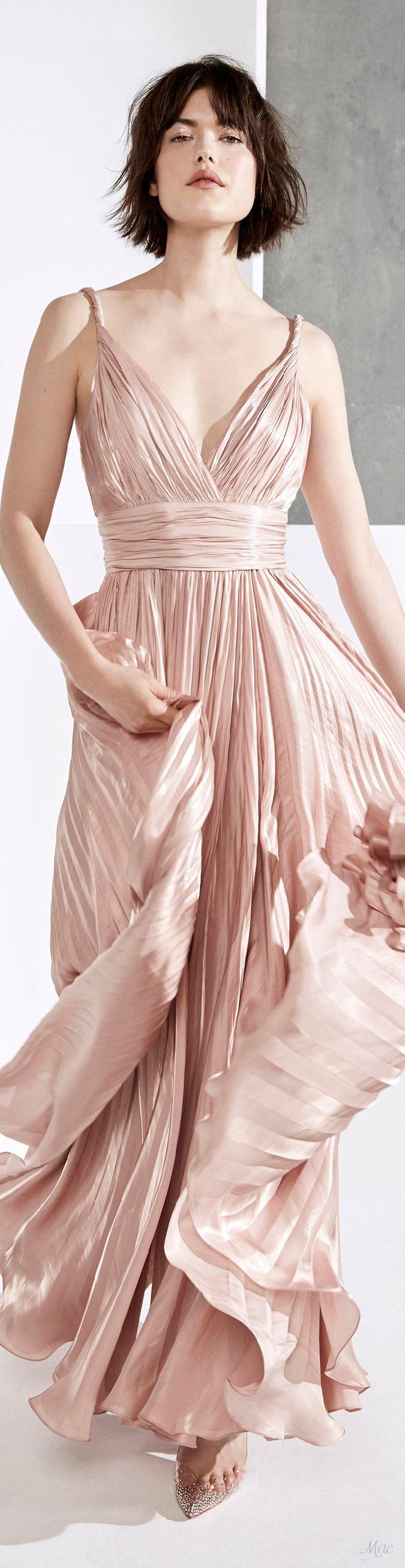Les 25 meilleures id es de la cat gorie robe rose poudre for Robes de demoiselle d honneur pour le mariage d automne en plein air