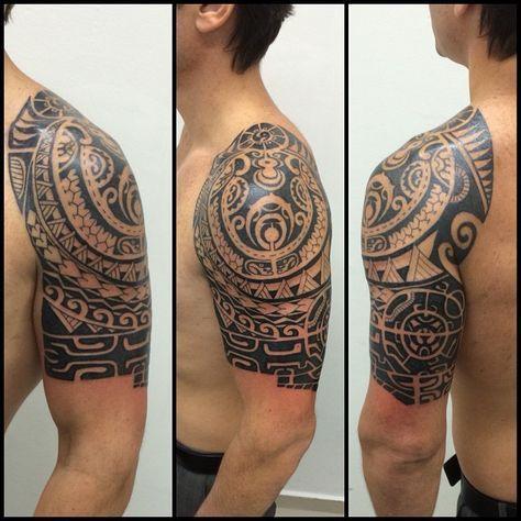 Total de 4 sessões. #maoritattoo #maori #polynesian #tattoomaori #polynesiantattoos #polynesiantattoo #polynesia #tattoo #tatuagem #tattoos #blackart #blackwork #polynesiantattoos #tribal #guteixeiratattoo #goodlucktattoo