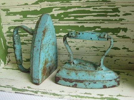 Antique Cast Iron Clothes Iron. I like the turquoise ! ----- Download the FLEATIQUE APP on the App Store ! ----- Antique / Fleamarket Resource App --- vintage antique antiques junk gypsy gypsies pickers American retro primitives primitive shabby chic