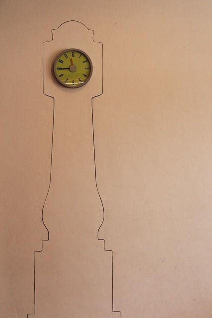 faux grandfather clock diy: Wall Spaces, Cute Ideas, Apartment Therapy, Faux Grandfather, Wall Clocks, Houses Tours, Diy, Grandfather Clocks, Chalkboards Wall