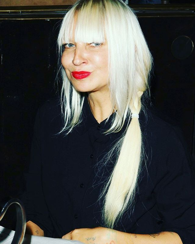 17 Best images about sia on Pinterest | Justin timberlake concert, Sia kate isobelle furler and ...