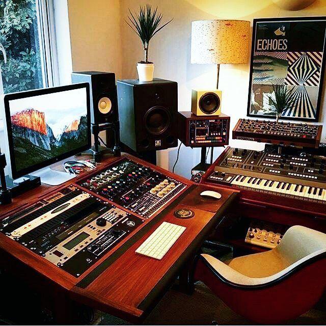 Sweet setup from @edwardmacfarlane! #ontrackstudio ▫Follow @ontrackstudio for more!