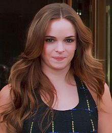 "Danielle Panabaker - saw her young in ""Malcolm in the Middle"""