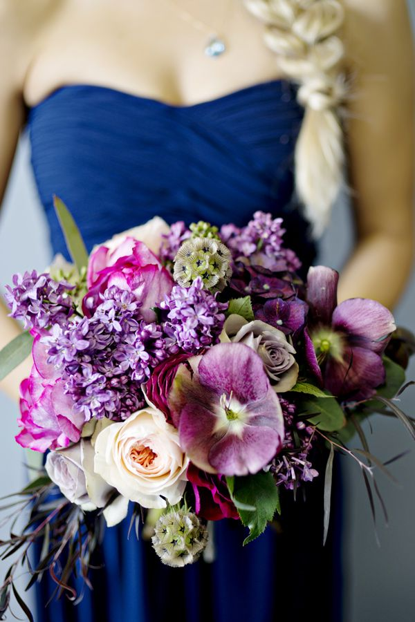 purple bridesmaid bouquets - photo by Andie Freeman #weddingbouquet #flowers #bouquet