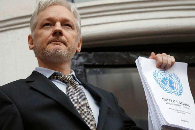 """Lenín Moreno ratificó protección con """"condiciones"""" a Julian Assange"""