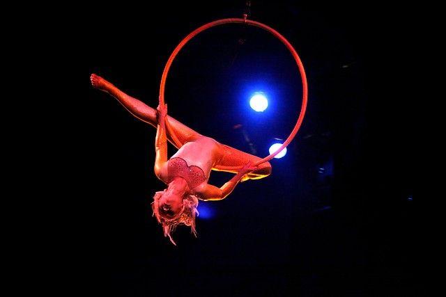 10 de Noviembre de 2012/SANTIAGO  Cirque du Solei, se presenta en Chile con su gira Varekai, producción que rinde homenaje al espíritu nómada, al alma y al arte de la tradición circense. Varekai surge de una explosiva fusión de arte dramático y acrobacia.  FOTO:FRANCISCO SAAVEDRA/AGENCIAUNO